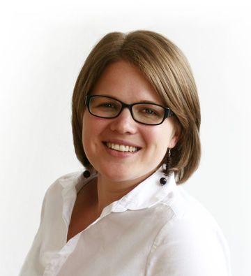 Stephanie Derntl